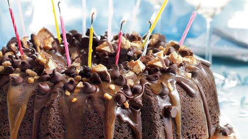Chocolate Lovers Dream Cake