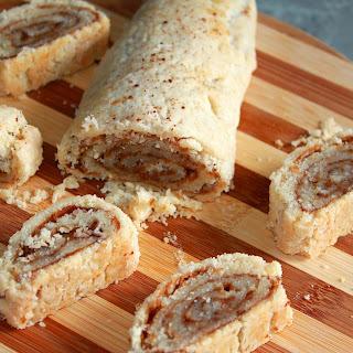 Pie Crust Cinnamon Rolls (Gluten-Free, Vegan)
