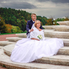 Wedding photographer Alena Loshakova (Alyona). Photo of 25.09.2015