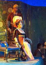 Photo: SALOME (Wiener Staatsoper, 7.12.2015).  Carol Wilson (Herodias). Foto: Wiener Staatsoper/ Michael Pöhn