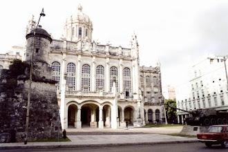Photo: #001-La Havane-Le musée de la Révolution, installé dans l'ancien palais présidentiel.