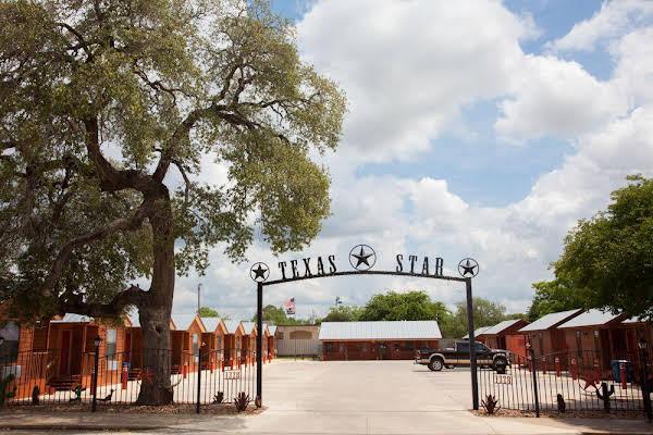 Texas Star Lodges