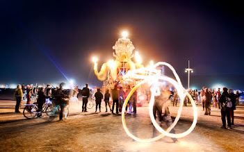 Photo: Spinning fire with El Pulpo