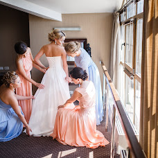 Wedding photographer Vadim Zakharischev (yourmoments). Photo of 20.09.2015