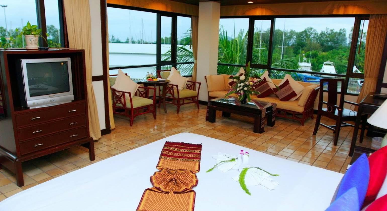 Boat Lagoon Resort