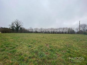 terrain à batir à Saint-Priest-la-Feuille (23)
