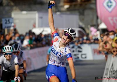 Jonge Française wint lastige slotetappe Giro Rosa, Van der Breggen eindwinnaar