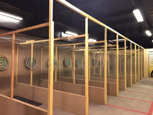 Couloirs de lancer de hache - clash de haches