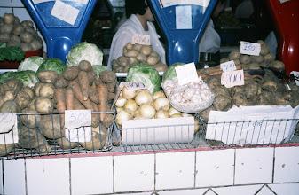 Photo: 03090 ウランバートル/風景/ダライ・エージ(海の母)/食料品専門の市場/野菜
