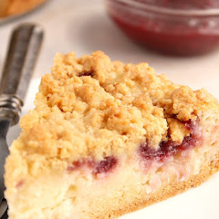 Raspberry Coconut Sour Cream Crumb Pie