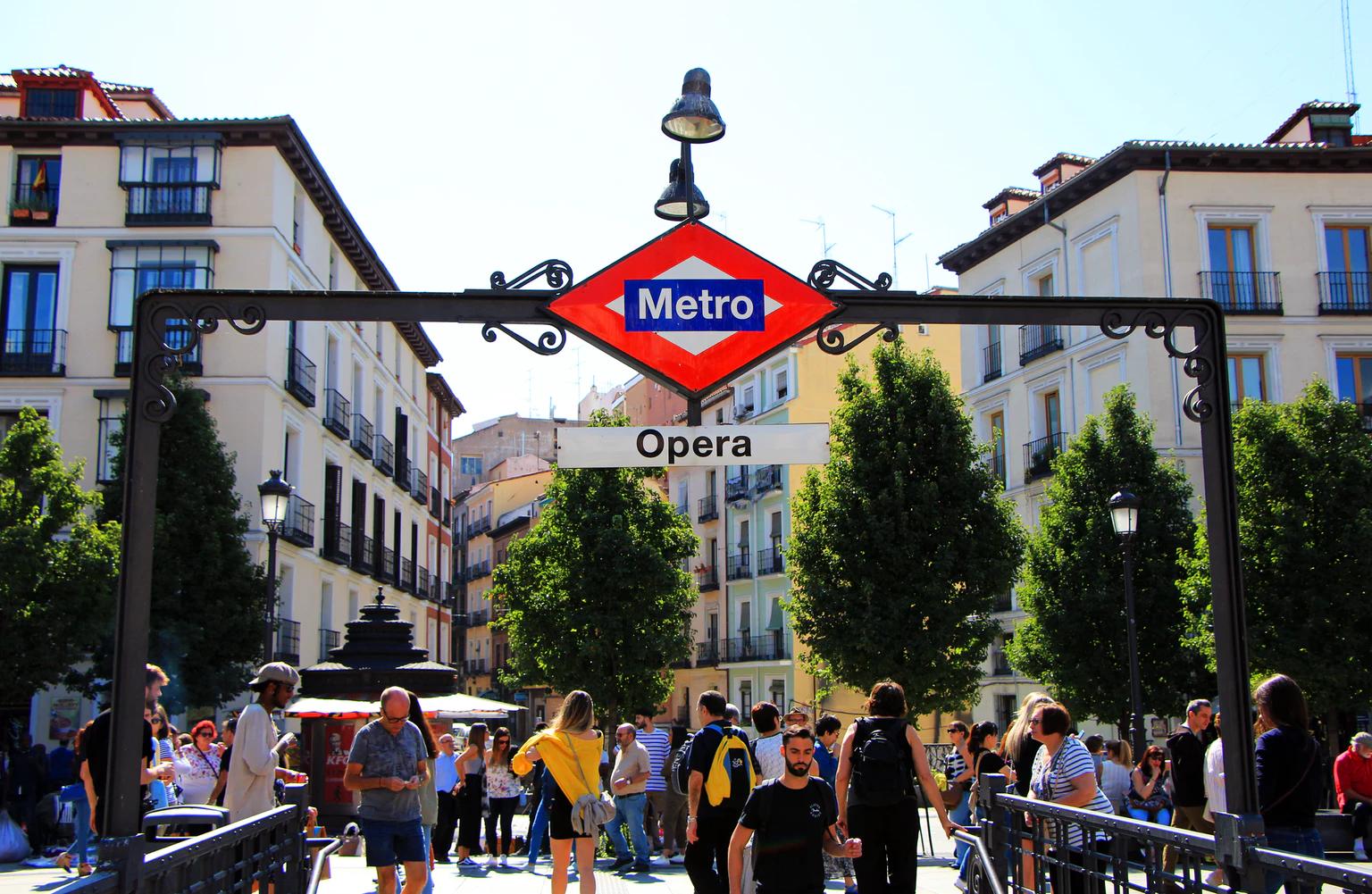 Cómo viajar en tren de Murcia a Madrid al menor precio