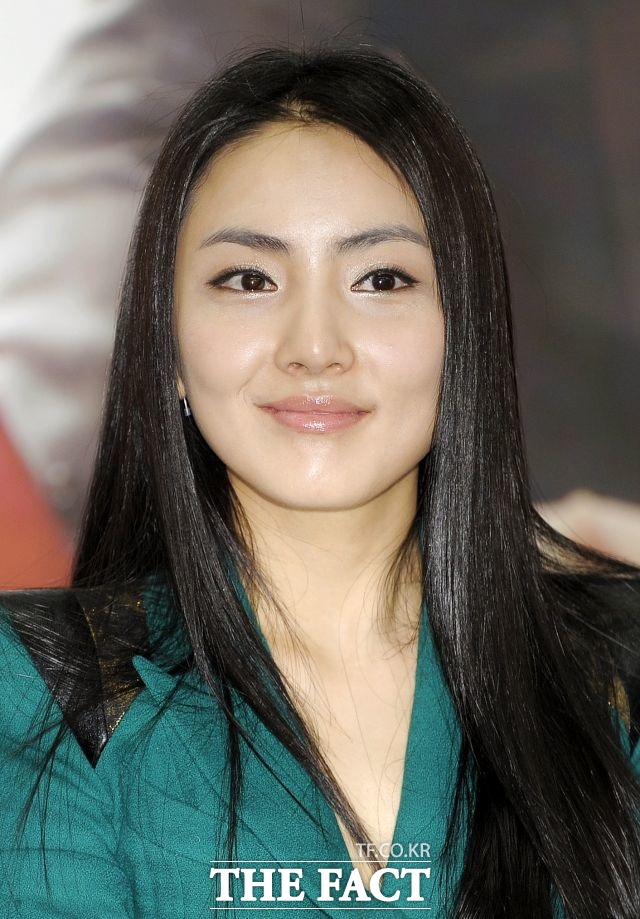 hong in young