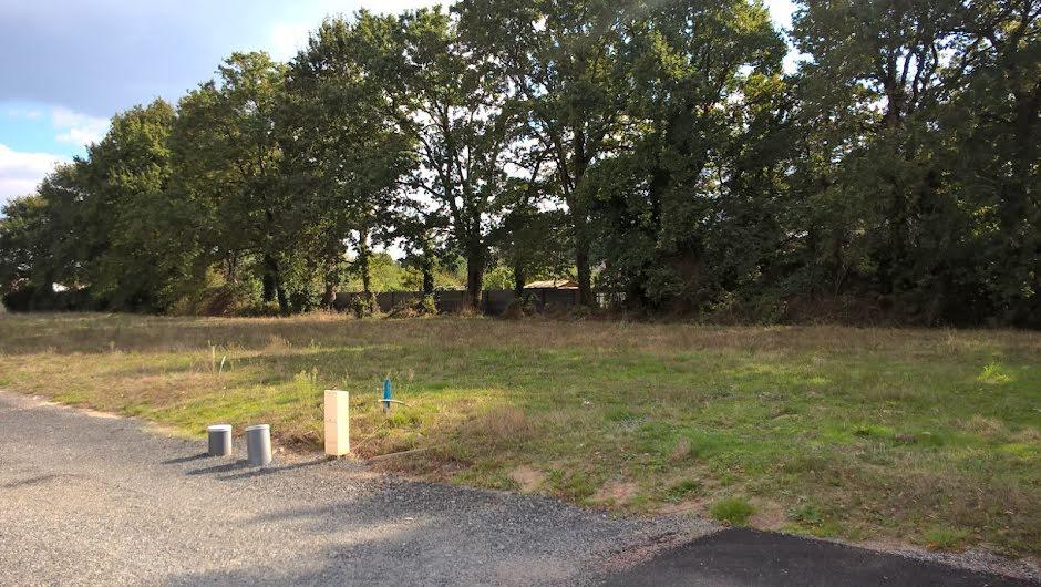 Vente terrain à batir  420 m² à Fougere (85480), 49 200 €