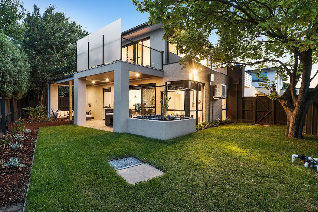 Main photo of property at 2/11a Norman Avenue, Frankston South 3199