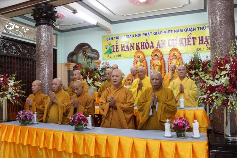 Niệm Phật cầu gia hộ tại buổi lễ
