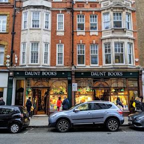 ロンドンにある本の虫憧れの優美な書店「Daunt Books」
