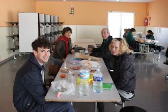 Photo: Reponiendo energía en el comedor del colegio Antonio de Nebrija