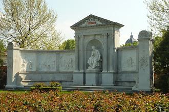 Photo: Denkmal Franz Grillparzer, Volksgarten Wien