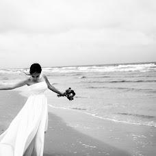 Wedding photographer Aivaras Simeliunas (simeliunas). Photo of 21.03.2018
