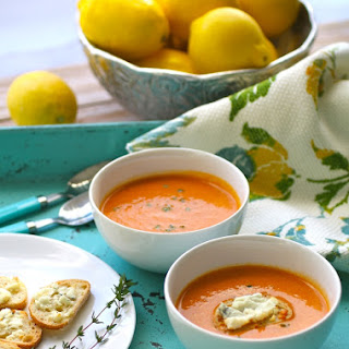 Recipe for Roasted Tomato Bisque with Blue Cheese Croutons