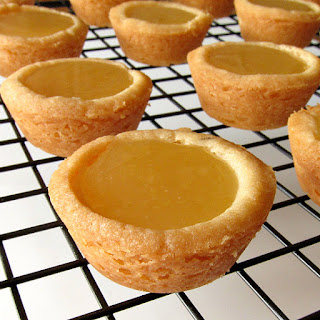 Shortbread Tarts with Lemon Curd Filling.