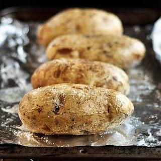 How to Bake a Potato Recipe