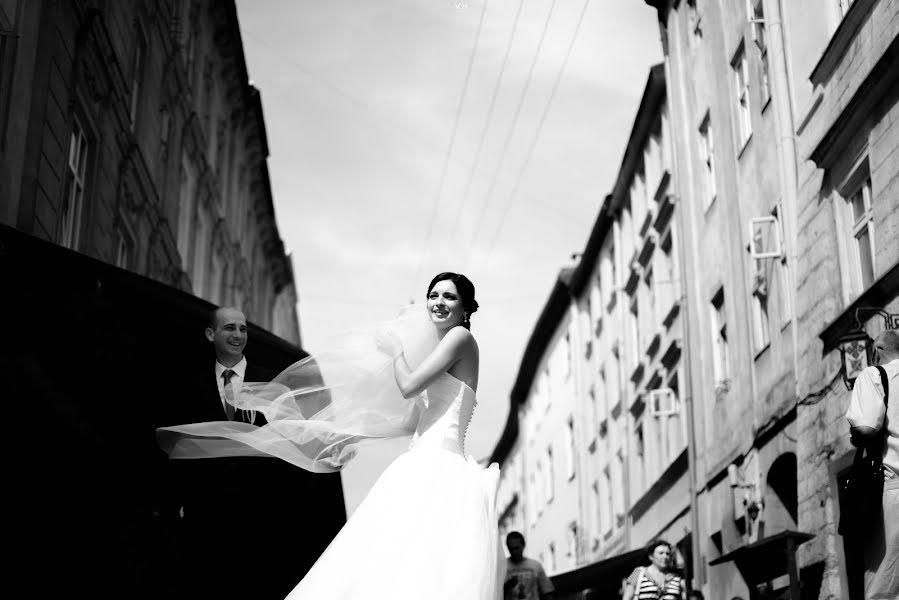 Wedding photographer Volodymyr Harasymiv (VHarasymiv). Photo of 02.09.2015