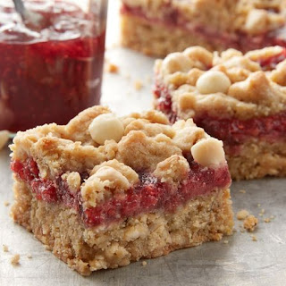 Easy Raspberry Crumble Bars Recipe