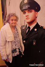 Photo: Deze dame heeft Elvis persoonlijk gekend, het was van 1958 tot 1960, zij was toen nog een jong meisje.