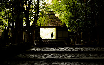 """Photo: This photo appeared in an article on my blog on Aug 25, 2013. この写真は8月25日ブログの記事に載りました。 """"Views at the Honen'in Temple in Eastern Kyoto"""" http://regex.info/blog/2013-08-25/2304"""