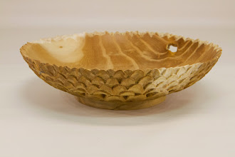 "Photo: Joe Barnard 7"" x 2"" turned and carved bowl [Osage orange]"