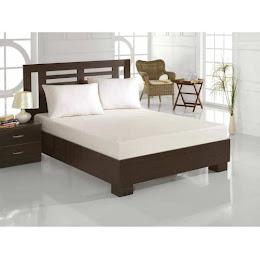 Husa de pat cu elastic 220 x 240 cm si 2 fete de perna 50 x 70 cm
