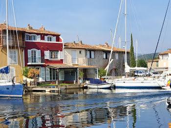maison à Port grimaud (83)