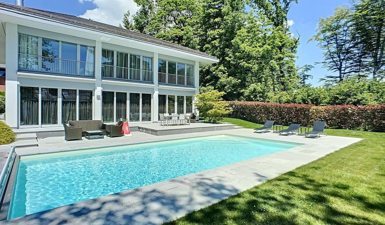Maison avec piscine Lausanne