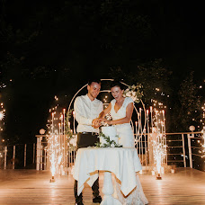 Wedding photographer Dmitriy Zyuzin (ZUZINPHOTOGRAPHY). Photo of 04.09.2018