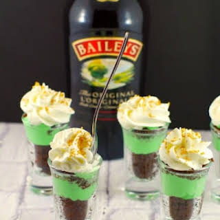 Shamrock Irish Cream Dessert Shots.