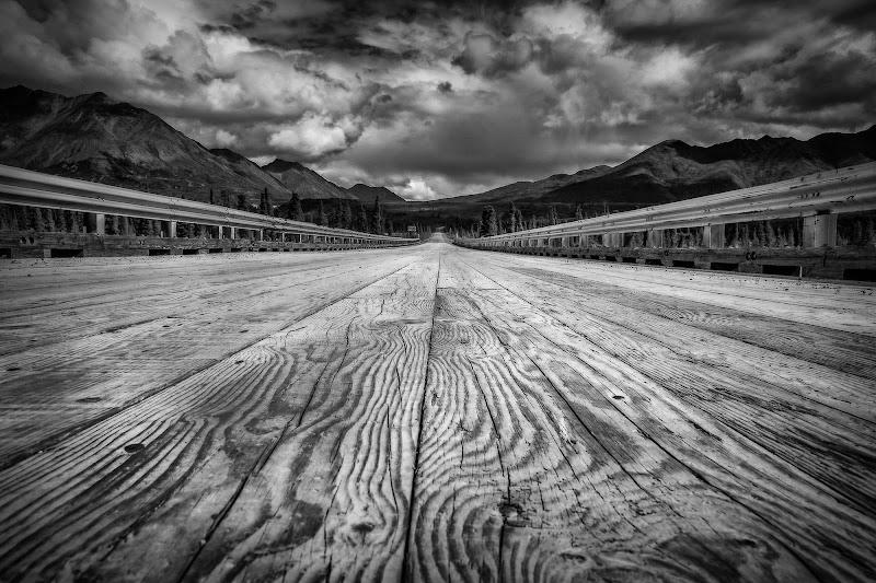 Strisce e righe nel legno e linee prospettiche di NickAdami