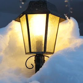 Snow and light by Karl Erik Straarup - Artistic Objects Industrial Objects