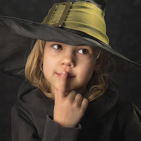 by Mario Toth - Babies & Children Child Portraits ( studio, expression, person, holding, little, caucasian, hat, halloween, kid, hand, child, girl, witch, happy, dark, childhood, celebrate,  )