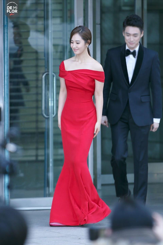 yuri gown 3