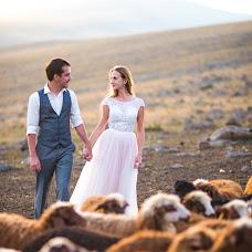 Wedding photographer Kristina Arutyunova (Chrisnova). Photo of 03.09.2017