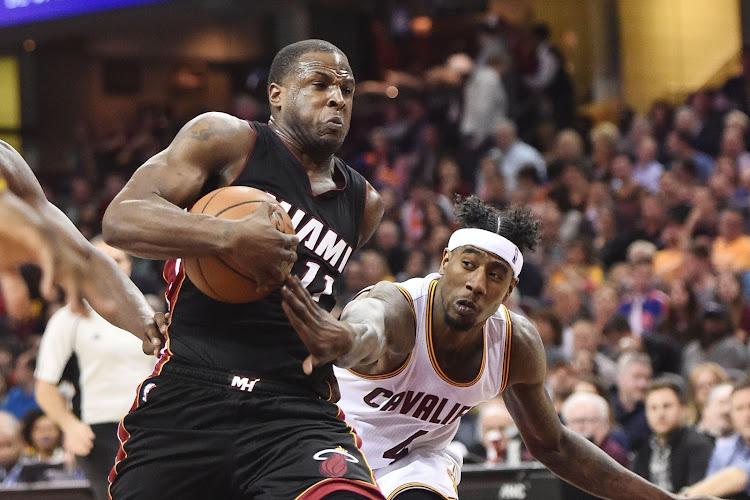 🎥 Thibaut Courtois vangt Miami-speler op tijdens NBA-duel