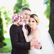 Wedding photographer Olya Naumchuk (olganaumchuk). Photo of 25.09.2017