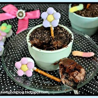 Flower Pot Cakes.