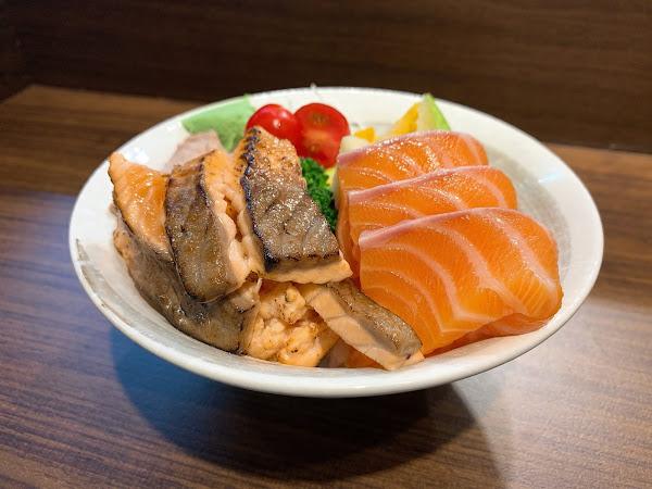 捷運公館站|靜壽司 |公館平價生魚片、新鮮又精緻的生魚片丼飯