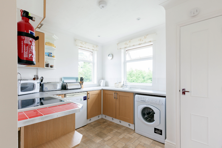 Full kitchen at Cauldwell Avenue - East Ipswich