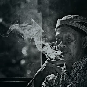 Smoking by Naising Bega - People Portraits of Men ( b&w, black and white, smoking, window light, black & white, men, people, reflector )
