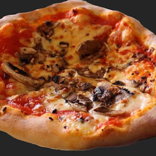 Filetto Di Pomodoro Pizette With Fresh Mushroom Topping