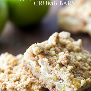 Apple Pie Sour Cream Crumb Bars