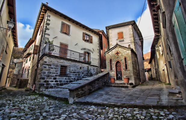 Silenzio nel vecchio borgo.... di Gianluca Presto
